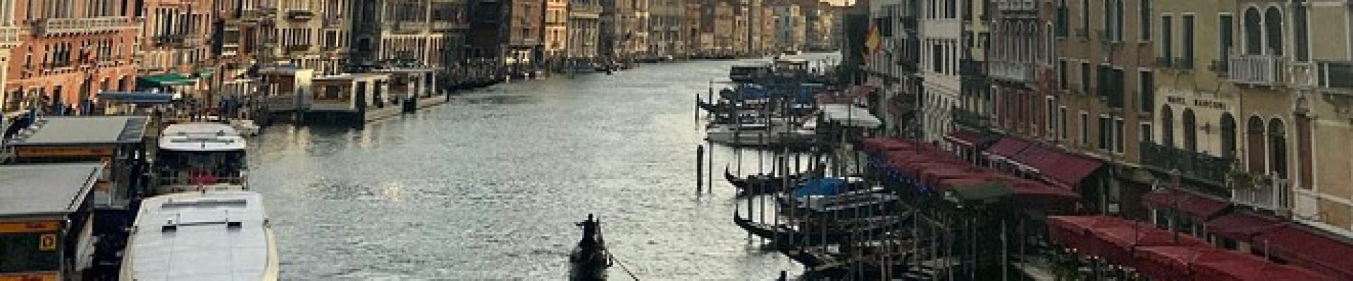 MW-IS236_Venice_20201028122352_ZQ.jpg